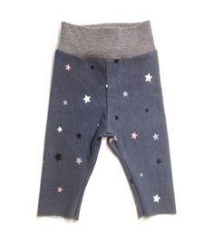 Leggings Luna mit Sternen - Freebook für Frühchen, Babys und Kinder in den Größen 44-116. Nähen ganz einfach gemacht!