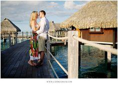 Séance d'engagement, photo de couple l'As de Coeur, Hilton Bora Bora #engagement #couplephotoshoot #love #wedding #weddingphotographer #photodecouple #photographemariage #lasdecoeurphoto #lovephotography #borabora