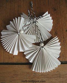 Basteln, DIY Papierengel, Engel aus Papier falten, Weihnachtsengel falten, Weihnachtsdeko, Dekoration mit Papierengeln