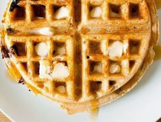 Recipe for Chocolate Chip Waffles - the perfect treat for a romantic breakfast for two. Chocolate Chip Waffle Recipe, Chocolate Recipes, Healthy Family Meals, Healthy Snacks, Snowflake Cake, Waffle Recipes, Delicious Desserts, Waffles, Sweet Treats