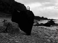 Film Flammers : ozu-teapot: Det sjunde inseglet (The Seventh. The Seventh Seal, Ingmar Bergman, Blu Ray, Blog Images, Second Best, Grim Reaper, Lonely, Tea Pots, Animation