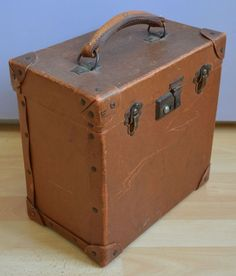 VINTAGE BROWN FIBREBOARD CARRY CASE / STORAGE BOX WITH BROWN LEATHER HANDLE in Home, Furniture & DIY, Storage Solutions, Storage Boxes | eBay
