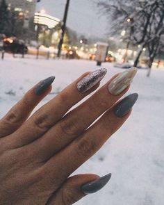 55 stylish nail designs for new year 2020 - page 152 of 220 - cocohots 41 Cute Nails, Pretty Nails, Hair And Nails, My Nails, Manicure Y Pedicure, Stylish Nails, Perfect Nails, Nails On Fleek, Nail Arts