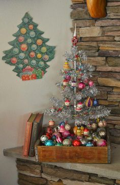 Top 40 Stunning Vintage Christmas Tree IdeasHere's a collection of vintage Christmas tree decorating ideas for you if you love vintage, you are bound to love vintage Christmas trees as well. They are ecstatic, stunning, elegant, and traditional. Furthermore, they can a pristine vintage touch to… #christmastreedecorideas