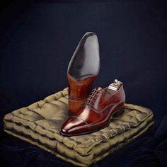 """Ooooo weeeee!!! Shoe is almost """"erotic"""" teeheehee - Carlos Santos Handmade Collection."""