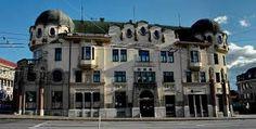 Bosákova banka, 1912, Prešov Art Nouveau, Louvre, Mansions, House Styles, Building, Travel, Decor, Viajes, Decoration