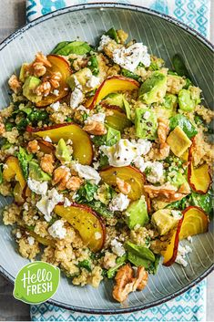 Quinoa salad with yellow beet and goat cheese HelloFresh What Is Quinoa, How To Cook Quinoa, Veggie Recipes, Vegetarian Recipes, Healthy Recipes, Quinoa Salat, Quinoa Soup, Salade Healthy, Quinoa Side Dish