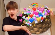 Funny Photo Memes, Cute Memes, Exo Memes, Meme Pictures, Reaction Pictures, Baekhyun, Nct 127, Sungjae And Joy, Exo Stickers