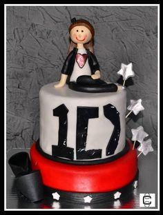 ONE DIRECTION TEEN BIRTHDAY FONDANT CAKE (Pastel de One Direction)