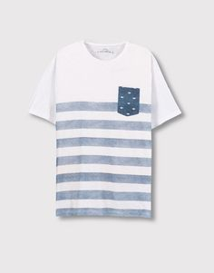 Pull&Bear - man - t-shirts - striped t-shirt with a contrasting pocket - white - 09239501-I2016