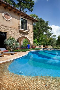 Love the pool tiles and roof