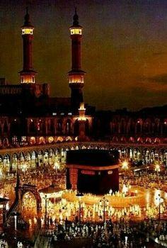 Masjid al Haram, Makkah, Saudi Arabia Islamic Images, Islamic Pictures, Islamic Art, Islamic Sites, Mecca Masjid, Masjid Al Haram, Mecca Wallpaper, Islamic Wallpaper, Quran Wallpaper
