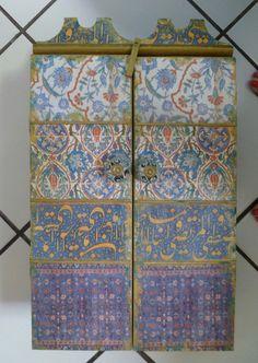 Marokkanisch inspirierte Wall Cabinet für von AfricanArtworkbyme, $185.00