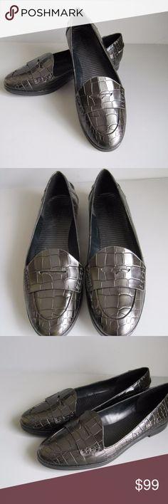 THEORY Black Crocodile Embossed Leather Loafers Black leather crocodile embossed leather loafers by Theory. Size 9 1/2 Theory Shoes Flats & Loafers
