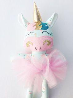 Habitación de las niñas el Unicornio muñeca tela muñeca