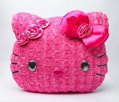 Hello Kitty Face Cushion: Bloom