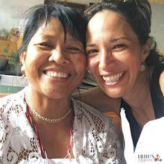 Wayan and me say... good morning tribe!  #LilithsTravel #LilithsTravelTribe #GoodMorning #Tribe #TravelBlog #Travel #Blogger #Storyteller #Photography #Bussines #Story #FrasesDeIle #DondeEstaIle #Nomadic #MujeresViajeras #MujeresRebeldes #MujeresPorElMundo #LoveQuotes #LatinasPorElMundo #LgbtTravel #Blogera #EllasViajan #EllasViajanSolas #PhotoBy @ileannasim