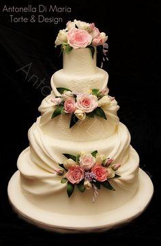 Resultado de imagen para buddy valastro pasteles de boda de 5 torres