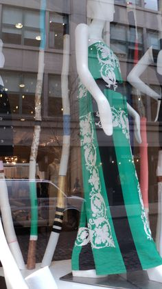 Women's Fashion Window with natural shapes
