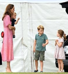 Prince George, Princess Charlotte, Prince Louis and Kate Middleton at King Power Royal Charity Polo Day at Billingbear Polo Club in Berkshire Prince William Family, Prince William And Kate, William Kate, George Of Cambridge, Duchess Of Cambridge, Princesa Charlotte, Diana, Prince George Alexander Louis, Polo Match