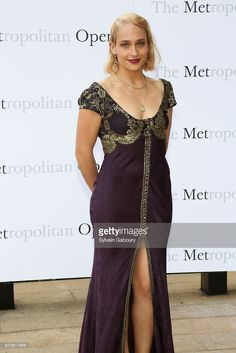 Jemima Kirke attends Metropolitan Opera Opening Night Gala Premiere of Wagner's 'Tristan und Isolde' at The Metropolitan Opera House on September 26, 2016 in New York City.