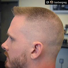 Finding The Best Short Haircuts For Men Mens Haircuts Short Hair, Hot Haircuts, Summer Haircuts, Boy Hairstyles, Hair And Beard Styles, Short Hair Styles, Flat Top Haircut, Beard Haircut, Beard Model