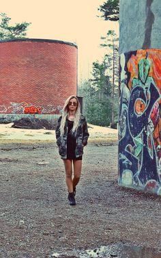 Street fashion camouflage jacket Camouflage Jacket, Street Art, Street Style, Street Fashion, Jackets, Urban Apparel, Down Jackets, Jacket, Street Style Fashion