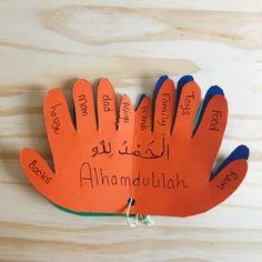 My first Dua book- gratitude for preschoolers. # Parenting activities My first Dua Book- DIY Eid Crafts, Ramadan Crafts, Diy For Kids, Crafts For Kids, Islam For Kids, Kids Education, Preschool Activities, Kids And Parenting, Teaching Kids