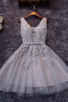 Tulle A-line V-neck Knee-length Lace Short Prom Dresses, Homecoming Dress with Appliques,SH10
