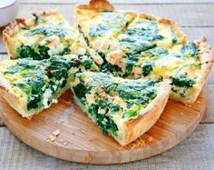 The ultimate spinach and salmon quiche Low Carb Recipes, Cooking Recipes, Healthy Recipes, Easy Meal Prep, Easy Meals, Ultimate Spinach, Salmon Quiche, Brain Boosting Foods, Spinach Quiche