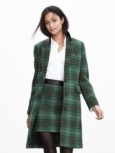 This tweed tailored coat is perfect for traveling to a holiday party!