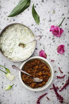 Jogurttikastike raikastaa ja viilentää intialaisen ruuan tulisuutta.