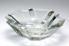 TAPIO WIRKKALA - Crystal glass bowl '3135/3835' designed in 1950 for Iittala, in production 1950-1955, Finland. [Ø 26 cm]