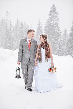gorgeous winter wedding styled shoot in Washington State #winter #wedding #ideas
