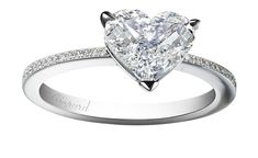 Chopard engagement ring with heart shaped diamond_20131115_Zoom