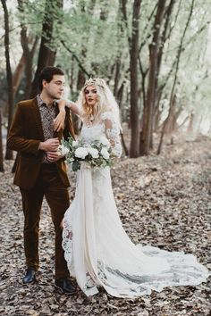 Risqué Mermaid Gown with Unlined Sleeves Wedding Dress Front Slit Ivory Lace Bridal dress Wedding Dresses Near Me, Cheap Bridal Dresses, Cheap Wedding Dresses Online, Wedding Dress Sleeves, Boho Wedding Dress, Wedding Gowns, Woodland Wedding Dress, Cake Wedding, Forest Wedding