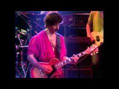 """""""All men be cursed"""", ja disse o Zappa. saquem só o Steve Vai gritando! hahahaha! A letra é tão pertubadora quanto o solo do professor."""