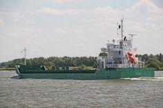 http://koopvaardij.blogspot.nl/2017/06/5-juni-2016-op-de-oude-maas-bij.html    ARKLOW BAY  Bouwjaar 2014, imonummer 9638771, grt 5065  Manager Arklow Shipping Nederland B.V., Rotterdam