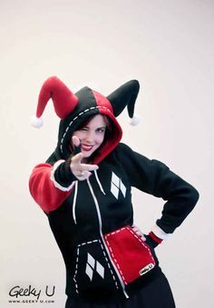 Harley Quinn hoodie   I totally would love this! I absolutely love Harley Quinn !