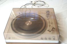 VINTAGE PHILLIPS 212 TURNTABLE RECORD PLAYER