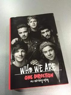 WHO WE ARE BOOK of 1D