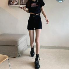 Edgy Outfits, Korean Outfits, Outfits For Teens, Pretty Outfits, Cute Outfits, Fashion Outfits, Very Skinny Girls, Skinny Girl Body, Black Shorts Outfit