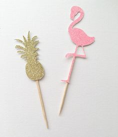 Pineapple and Flamingo Cupcake Toppers ~ Pineapple Party~ Flamingo Party ~ Luau ~Summer Party~ Tropical Bridal Shower~ Palm Beach Party