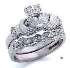 claddagh ring (Irish wedding rings)