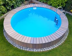 you will miss your ordinary swimming pool a unique design of wood and stone elements. - garten -So you will miss your ordinary swimming pool a unique design of wood and stone elements. Oberirdische Pools, Cool Pools, Swimming Pools, Above Ground Pool Landscaping, Backyard Pool Landscaping, Best Above Ground Pool, In Ground Pools, Piscine Diy, Pool Deck Decorations