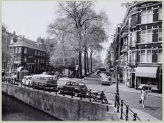 Elandgracht in the Jordaan in Amsterdam. Amsterdam City Centre, New Amsterdam, Amsterdam Netherlands, Old Pictures, Old Photos, Amsterdam Jordaan, Kingdom Of The Netherlands, Photo B, Great Memories