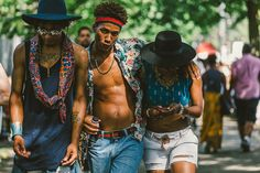 Street Style: Afro Punk Festival 2015 in New York Pics) Festival Mode, Festival Outfits, Festival Fashion, Afro Punk Fashion, Mens Fashion, Street Fashion, Black Hippy, Pelo Natural, Character Outfits