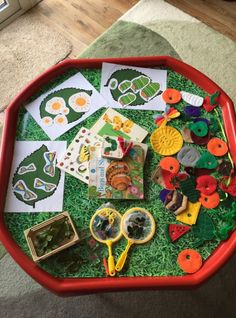 The Very Hungry Caterpillar Bug Activities, Preschool Themes, Craft Activities For Kids, Toddler Activities, The Hungry Caterpillar Story, The Very Hungry Caterpillar Activities, Maths Area, Mini Beasts, Tuff Spot