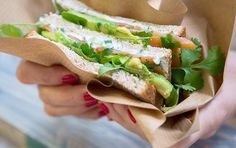 Avocado & salmon Sandwich by @delistreetparis #regram ________________________________ Delistreet #foodtruck :  7 Avocado & de salmón Sandwich  0669992304 24 avenue barbusse Bobigny 93000 ________________________________ #foodtruck #streetfood #foodlover #foodporn #yummy #tasty #foodie #delicious #sandwich #salad #avocado #lunch #healthy #healthyfood #Paris #parisianlifestyle