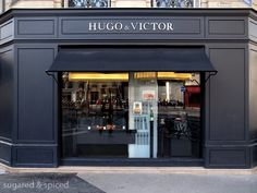 paris hugo & victor